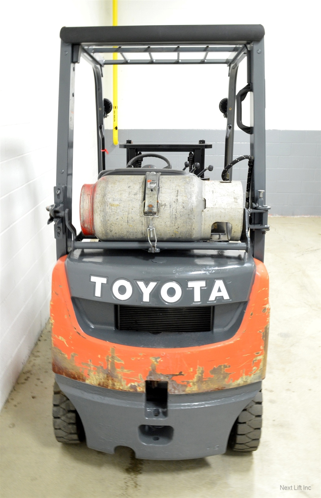 Select location type business with dock or forklift business without - Nice 2007 Toyota 3000 Lb Lpg Pneumatic Forklift